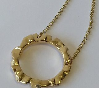 9kt yellow gold block ring pendant large