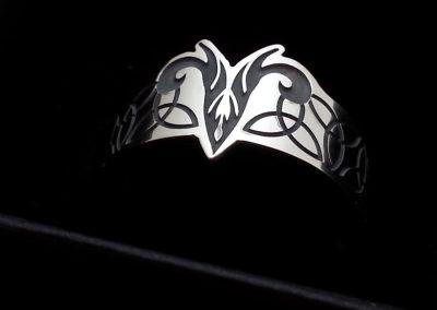 Rams-head-ring