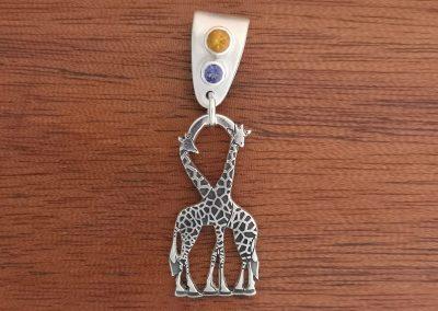giraffe pendant