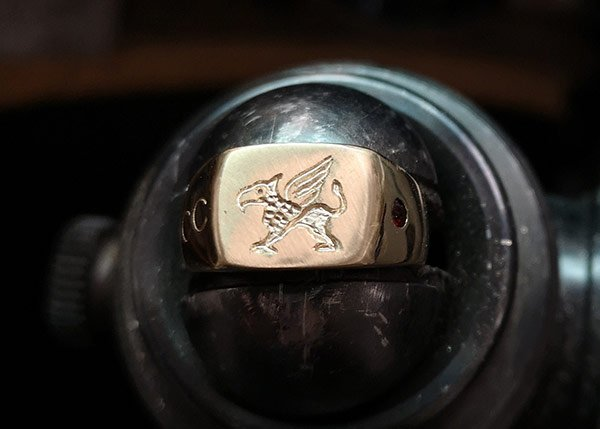 hand-engraved-griffin-signet-ring