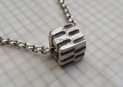 mens cube pendant sideview